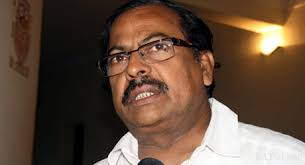 Odisha FM and his secretary pull up bankers for poor show