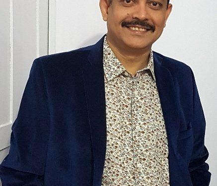 Sri Lankan writers and publishers felicitates  Rourkela Steel Plant's CoC Ramendra Kumar