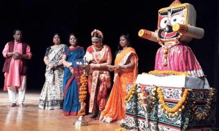 Kuchipudi, Manipuri, Kathakali, Kathak and Bharatnatyam artistes mesmerize audience