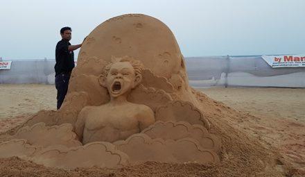8th world-class sand art