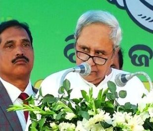 Naveen lays foundation stone for Tata Steel Subarnarekha Port