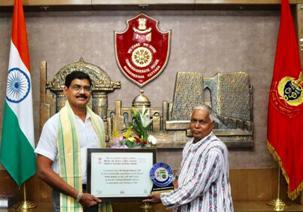 IPS officers Satyajit & Anup get Chinta O Chetana Rastriya Samman