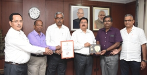Nalco CMD TK Chand bags 'Global Indian Business Leader' Award