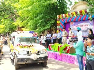 Aditya Aluminium supports Sambalpur police to control crimes,donates 4 PCR Vans & set up modern control room
