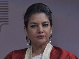 Actress Shabana Azmi injured in road accident