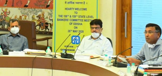 Odisha urges bankers to open accounts for migrants, extend loan to share croppers