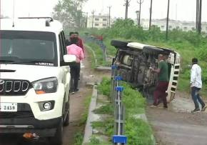 Vikas Dubey shot dead by UP police
