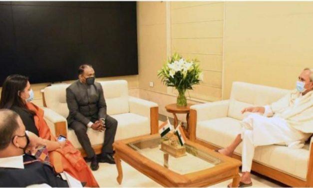 CAG of India Girish Murmu calls on Odisha CM Naveen Patnaik