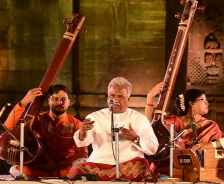 Curtains down on Rajarani Music Festval with Odissi percussion & Hindustani vocal renedation